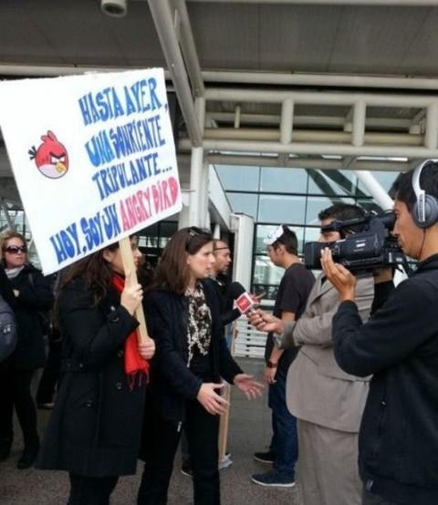 Manifestación en el aeropuerto por despidos masivos